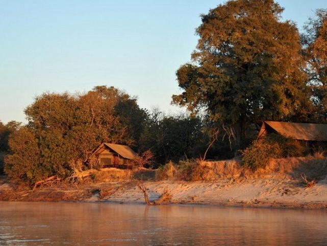 Chundu Island, Zimbabwe
