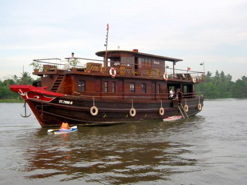 bassac barge vietnam