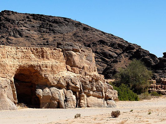 montagnes desert hoanib namibie