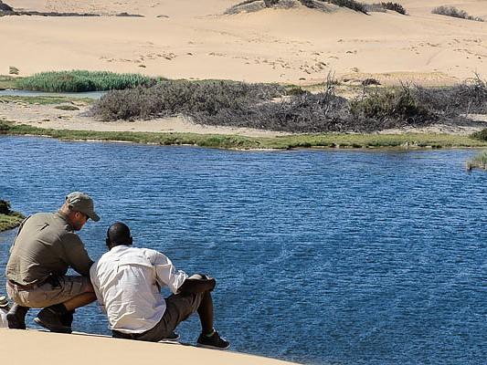 riviere desert hoanib namibie